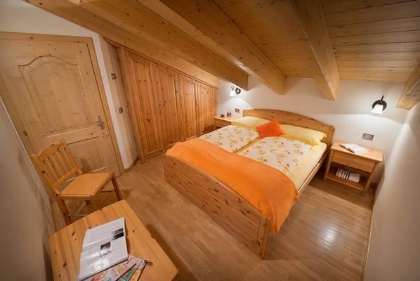 10-rododendro-appartamento-livigno-c-980x656-3